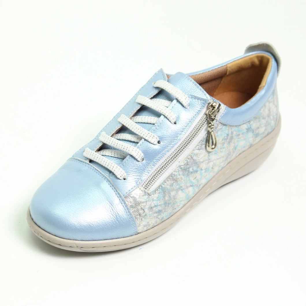 054 Footsoft Denim Print Lace Casual Shoe size 4