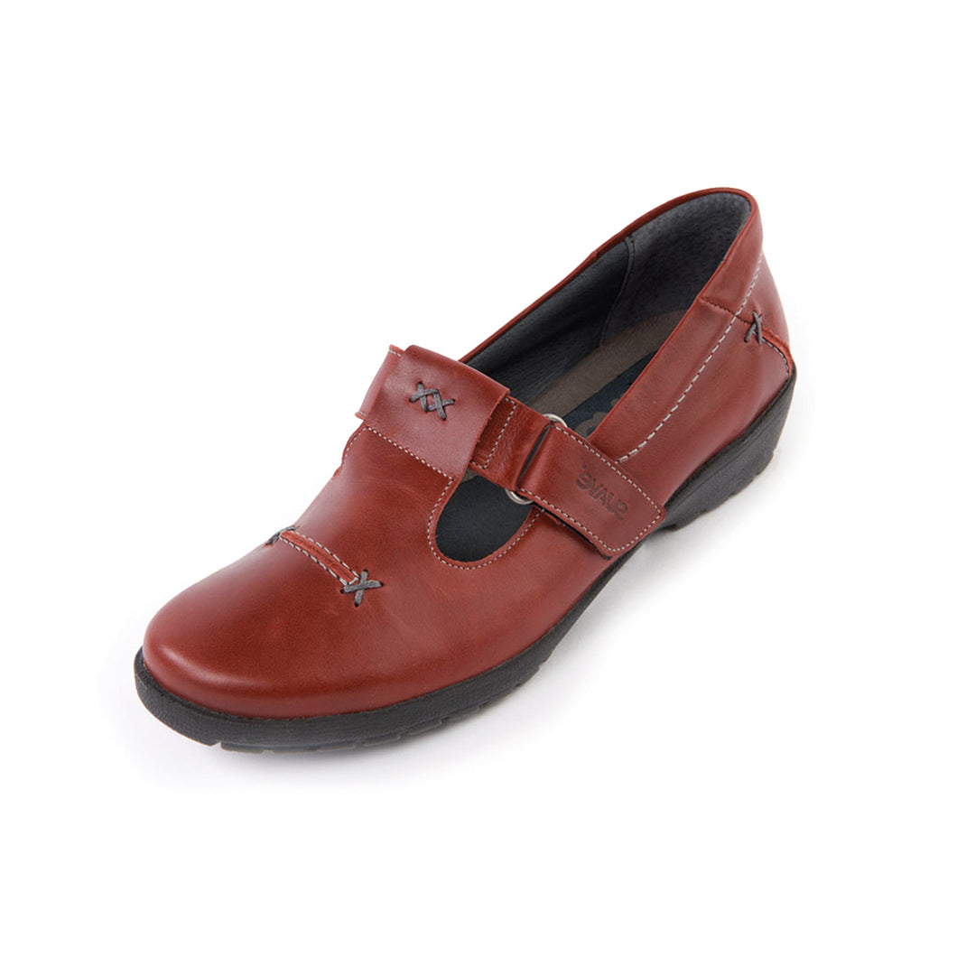 292 Suave Jane Cherry Casual Shoe size 4