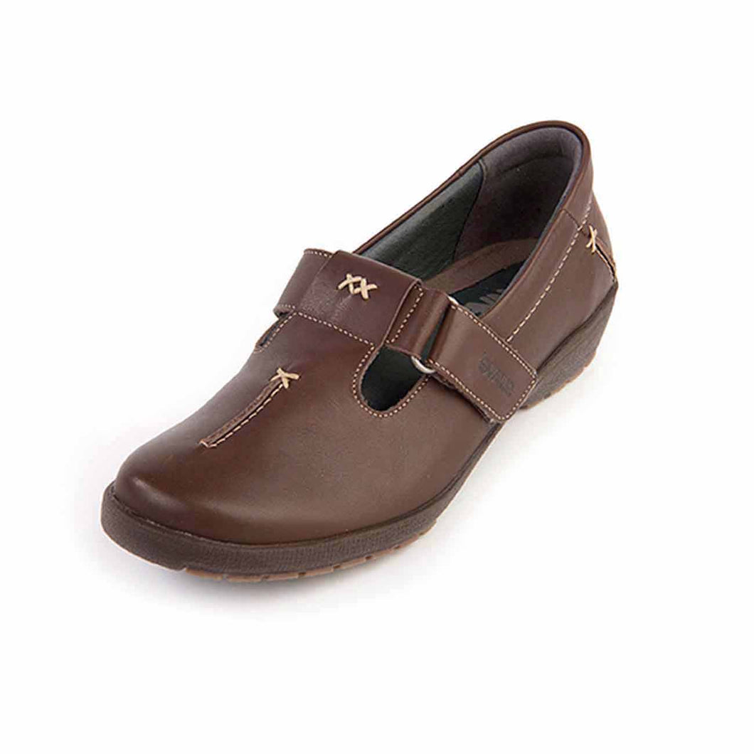 164 Suave Jane Mocca Casual Shoes size 4