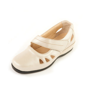 178 Sandpiper Welney Cream Extra Wide Casual Shoe size 4