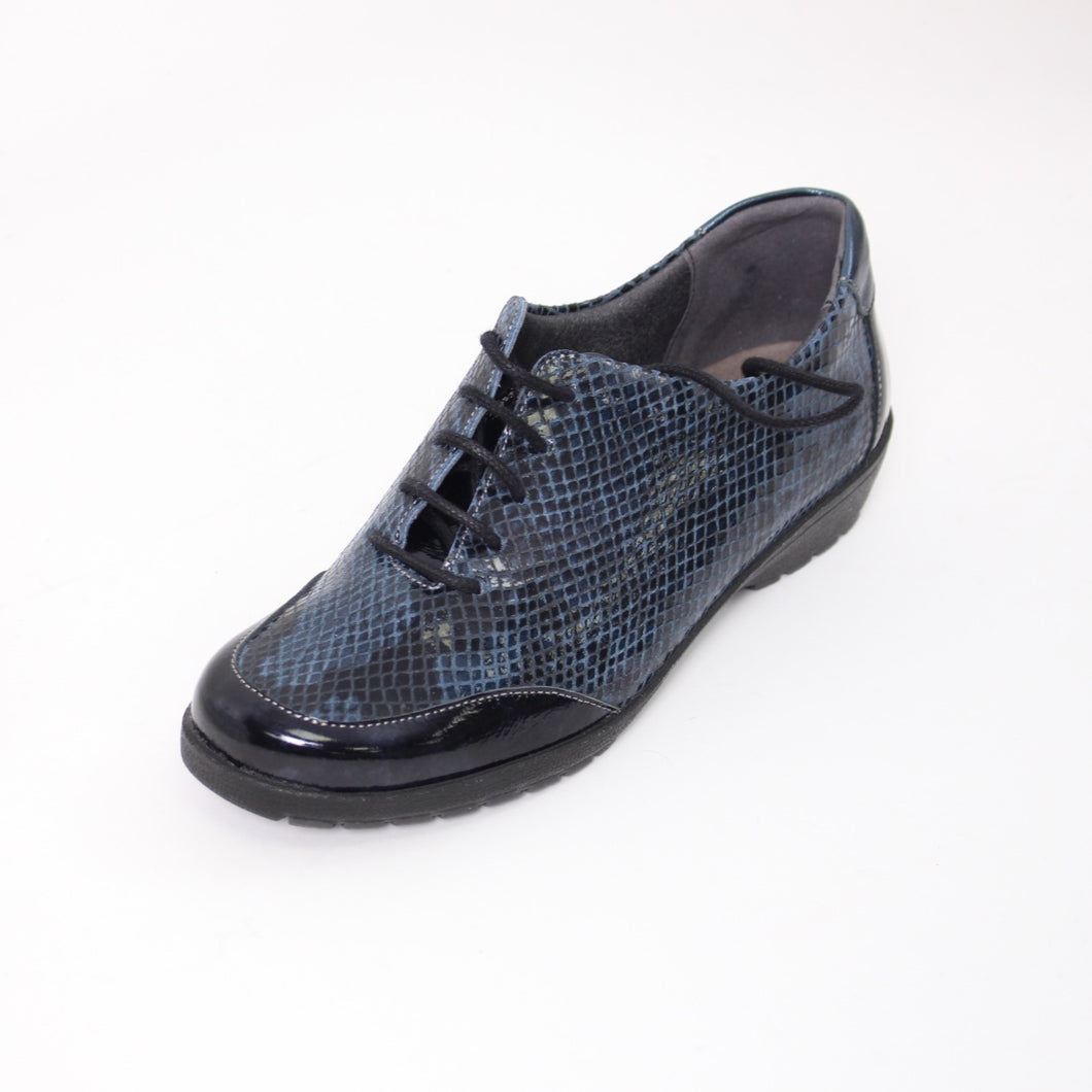 370 Suave Navy/Print Ladies Lace up Casual Shoe size 4