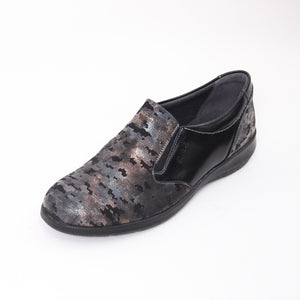 421 Suave Black/Night Ladies Slip-on Casual Shoe Size 4