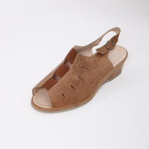 408 Suave Tan Ladies Sandal size 4
