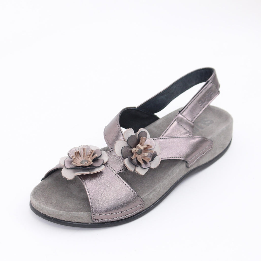 316 Suave Ladies Pewter Sandal size 4