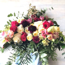 Load image into Gallery viewer, BIG LOVE BOUQUET