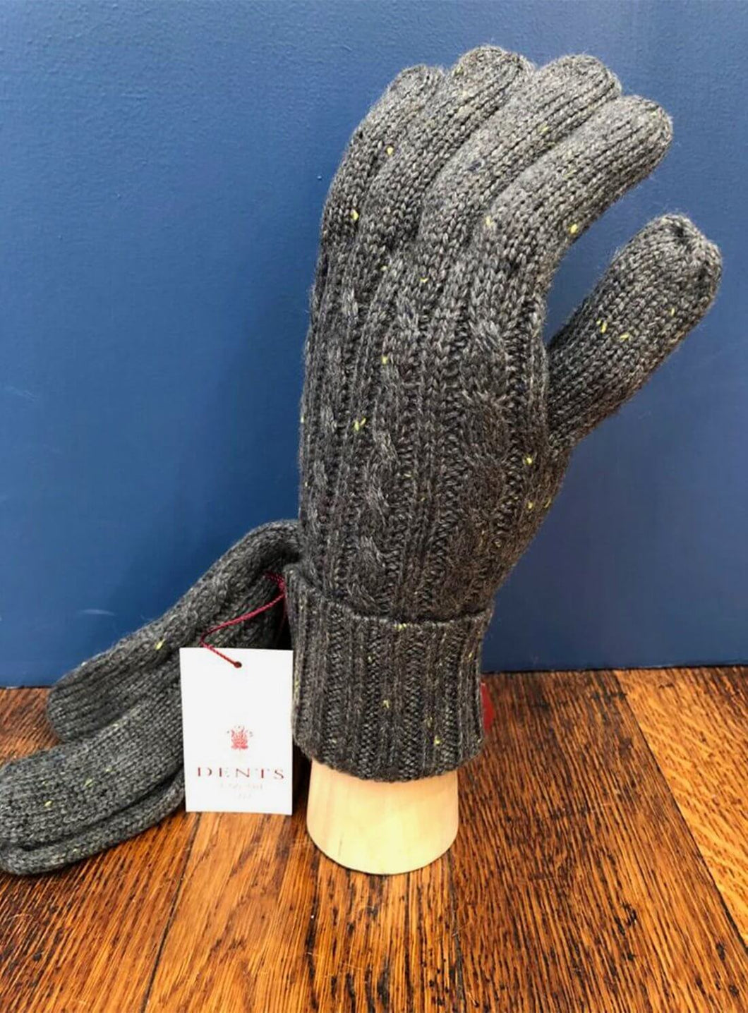 Cable Knit Glove Grey
