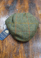 Load image into Gallery viewer, Gamekeeper Flat Cap | Green
