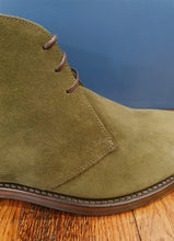 Load image into Gallery viewer, Pimlico Suede Chukka Boot | Green