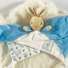 Load image into Gallery viewer, Personalised Classic Peter Rabbit™ Premature Baby Gift Hamper - Peter