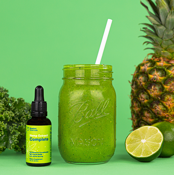 Green smoothie with CBD oil