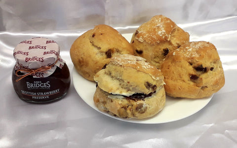 McGhees / Wallace Bakers Scones (pack de 4)