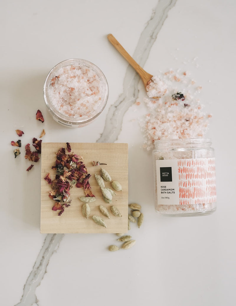 Rose & Cardamom Replenishing Salt Soak