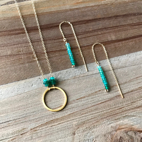 Threader Earring in Gold and Green Onyx