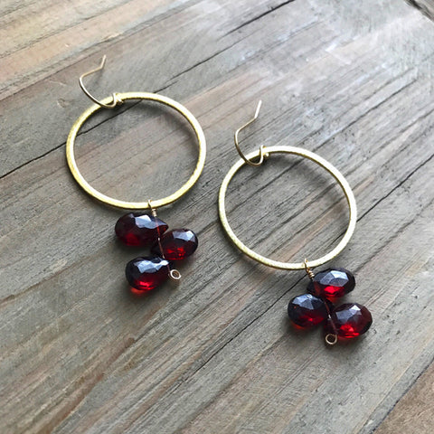 Statement Earring in Gold and Garnet
