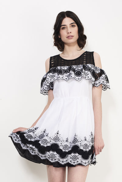 WHEEL EMBROIDERY DRESS