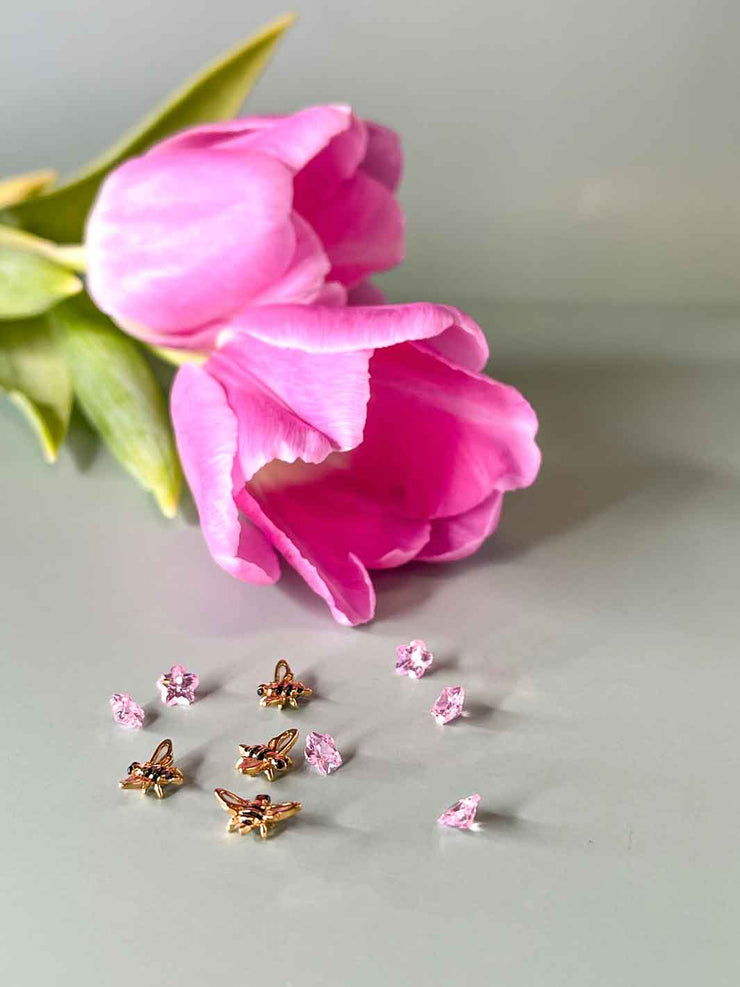 Golden Bee set Charms und Crystals mit Tulpe