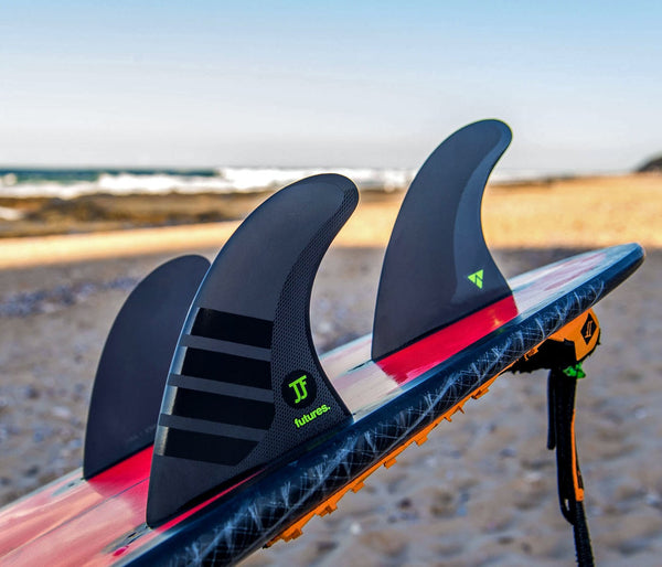 Futures - JOHN JOHN ALPHA M - Thruster 3 fins - Carbon / Green