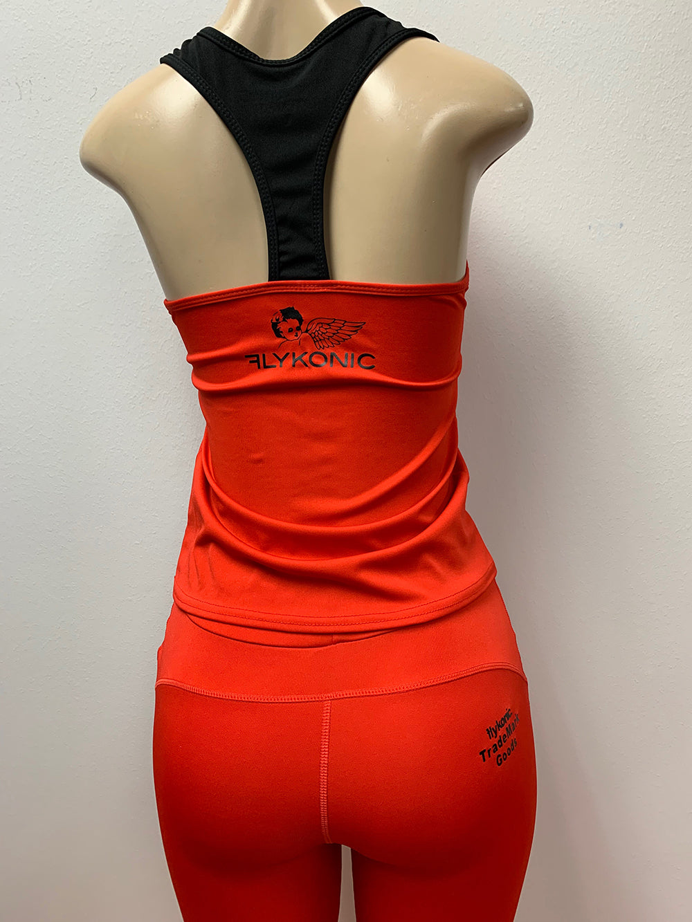 Flykonic Dreams - Ladies Fitness Outfit in Red with black logos