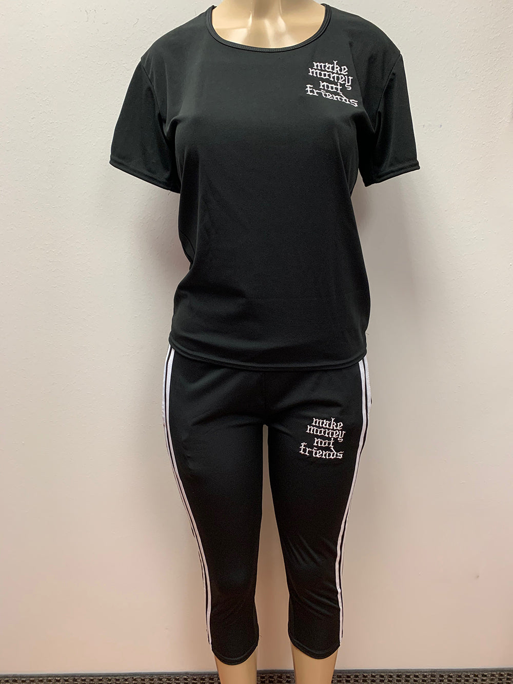 Flykonic Ladies Fitness Outfit - Make Money Not Friends in Black with White lettering.