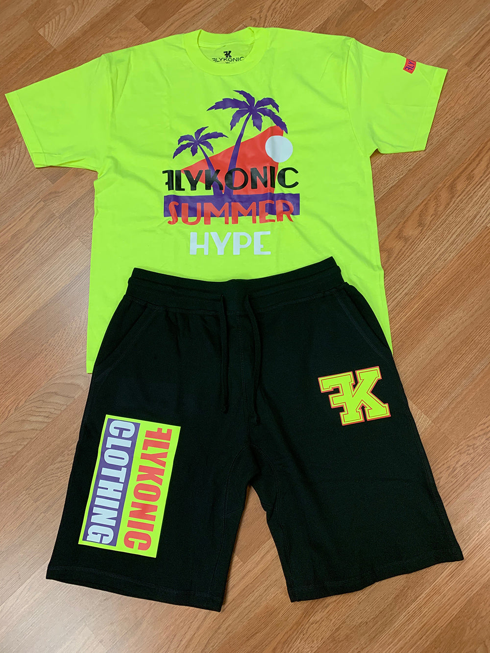 Flykonic Summer Hype Neon Outfit