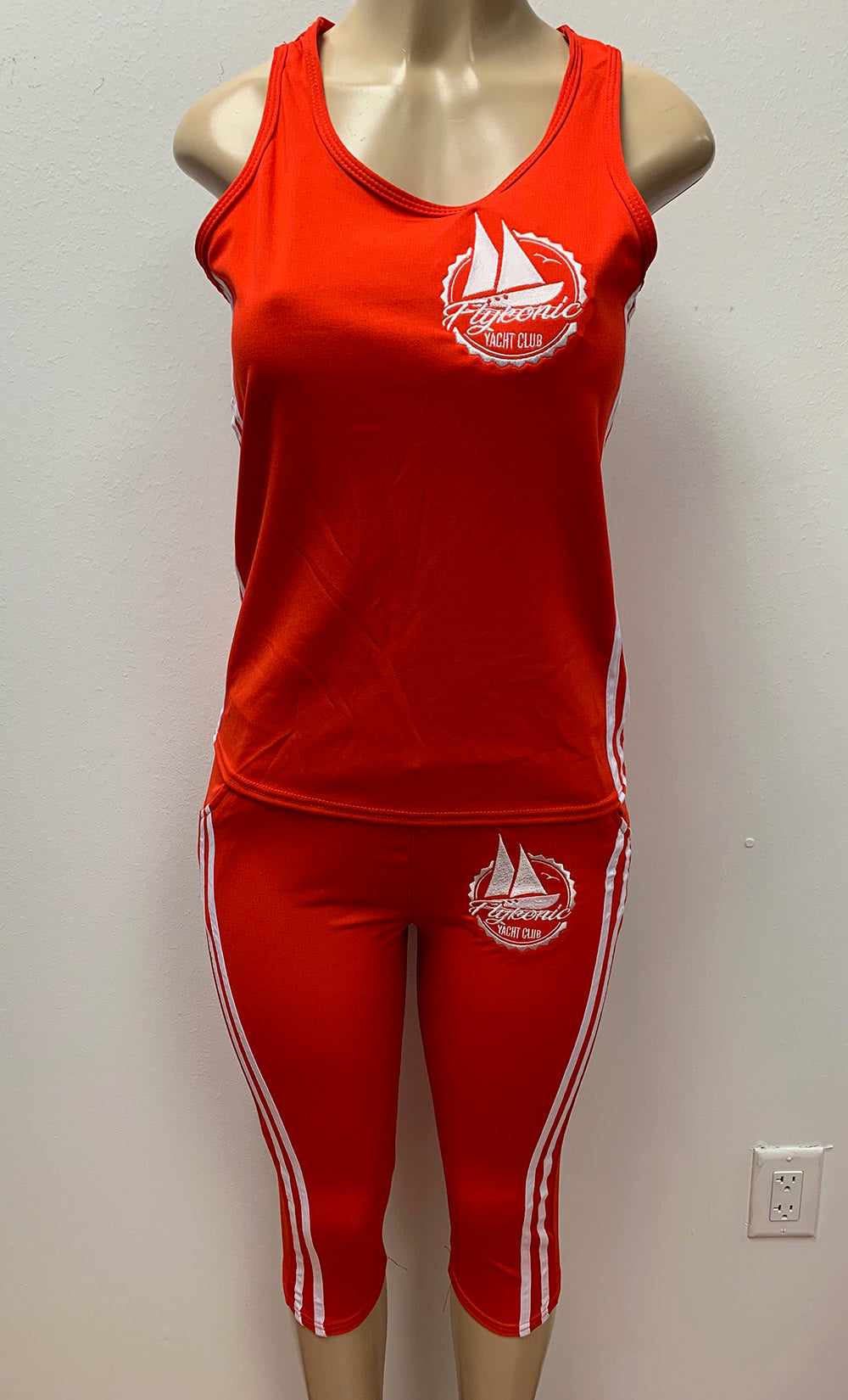 Flykonic Yacht Club - Ladies Fitness Outfit in Red