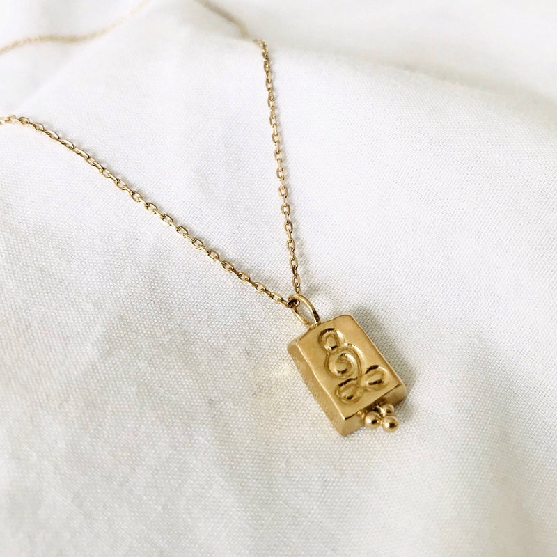 The Mother Pendant - Gold