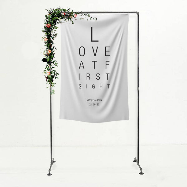 Wedding Backdrop 'Love at First Sight'