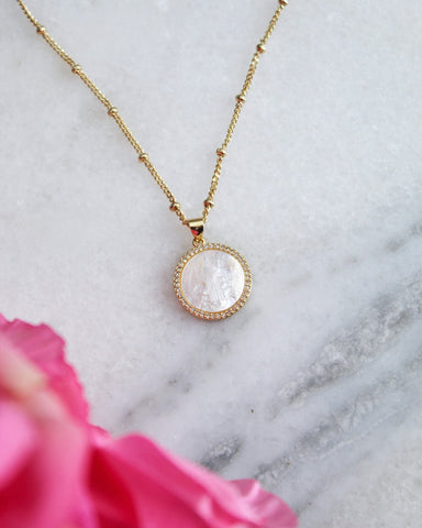 Alivia Pendant Necklace