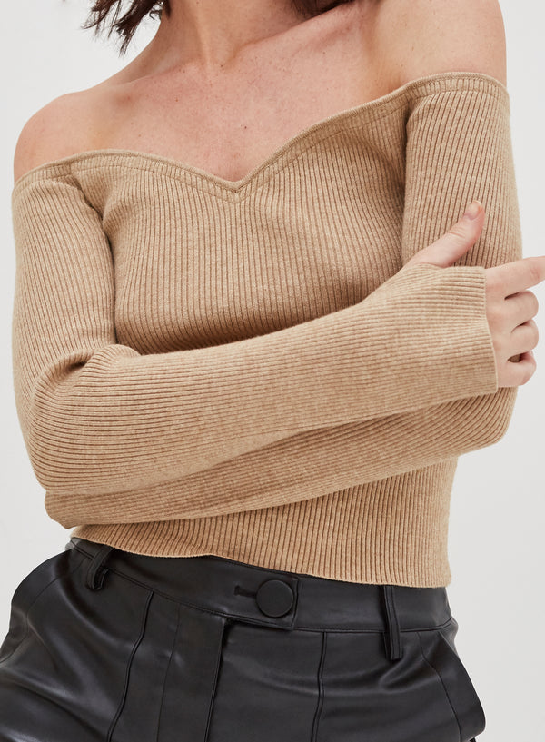 Christy Knitted Top Camel