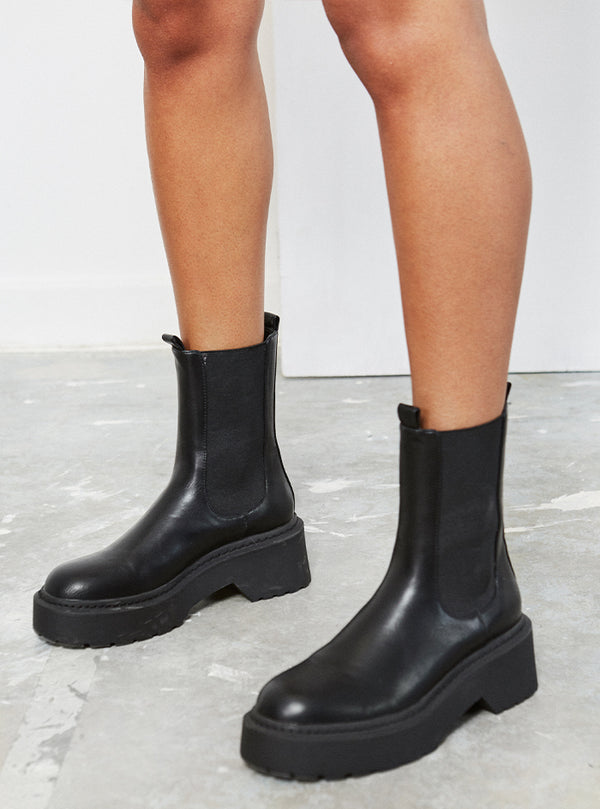 Edie Chunky Sole Boot Black