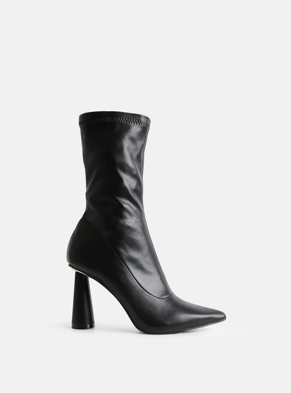 Lauren Round Heel Ankle Boot Black
