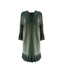 Vestido T plisado a mano [Dress T hand pleated] 06