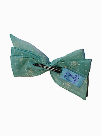 blue sheer teal roses floral patterned hair bow hairbow clip in vintage retro style alligator clip