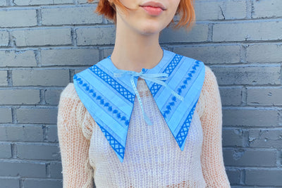 vintage retro style detachable collar tie on blue striped patterned bow ribbon pointed dagger collar