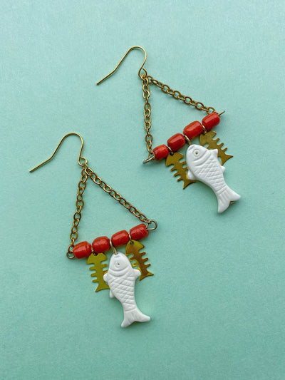 pisces fish zodiac gold red white earrings dangly dangling hanging gold chain beaded ceramic
