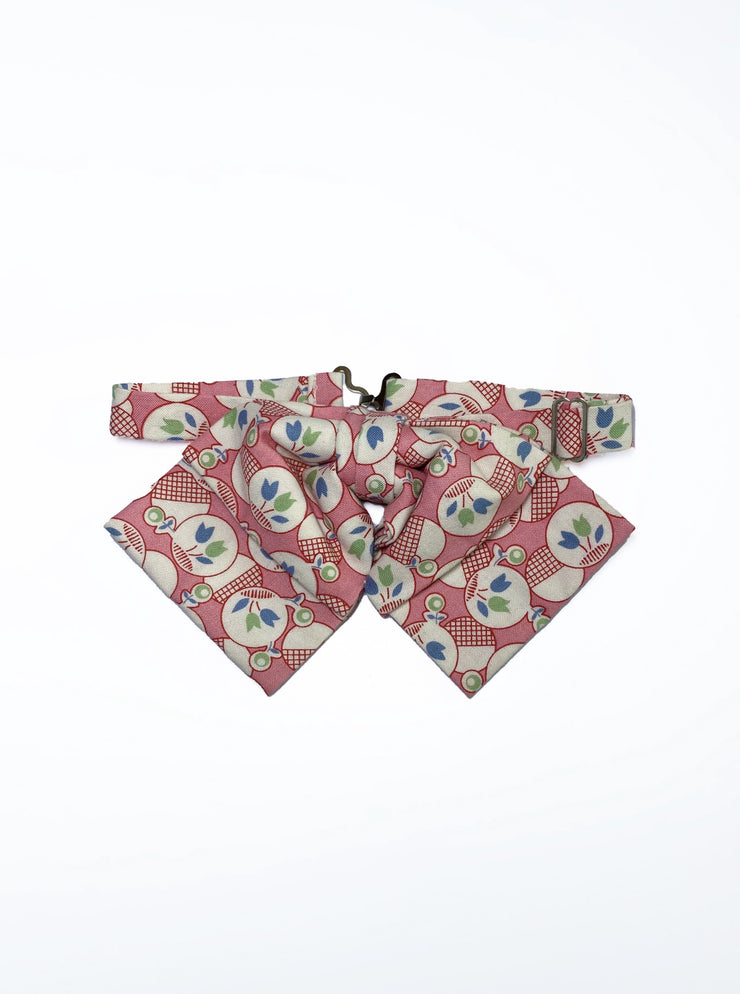 thirties 1930s 30s pink tulips pattern vintage retro style gingham red blue green white bow bowtie adjustable