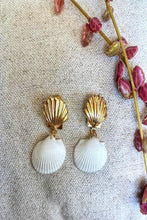 Load image into Gallery viewer, Dreams about Ocean Earrings