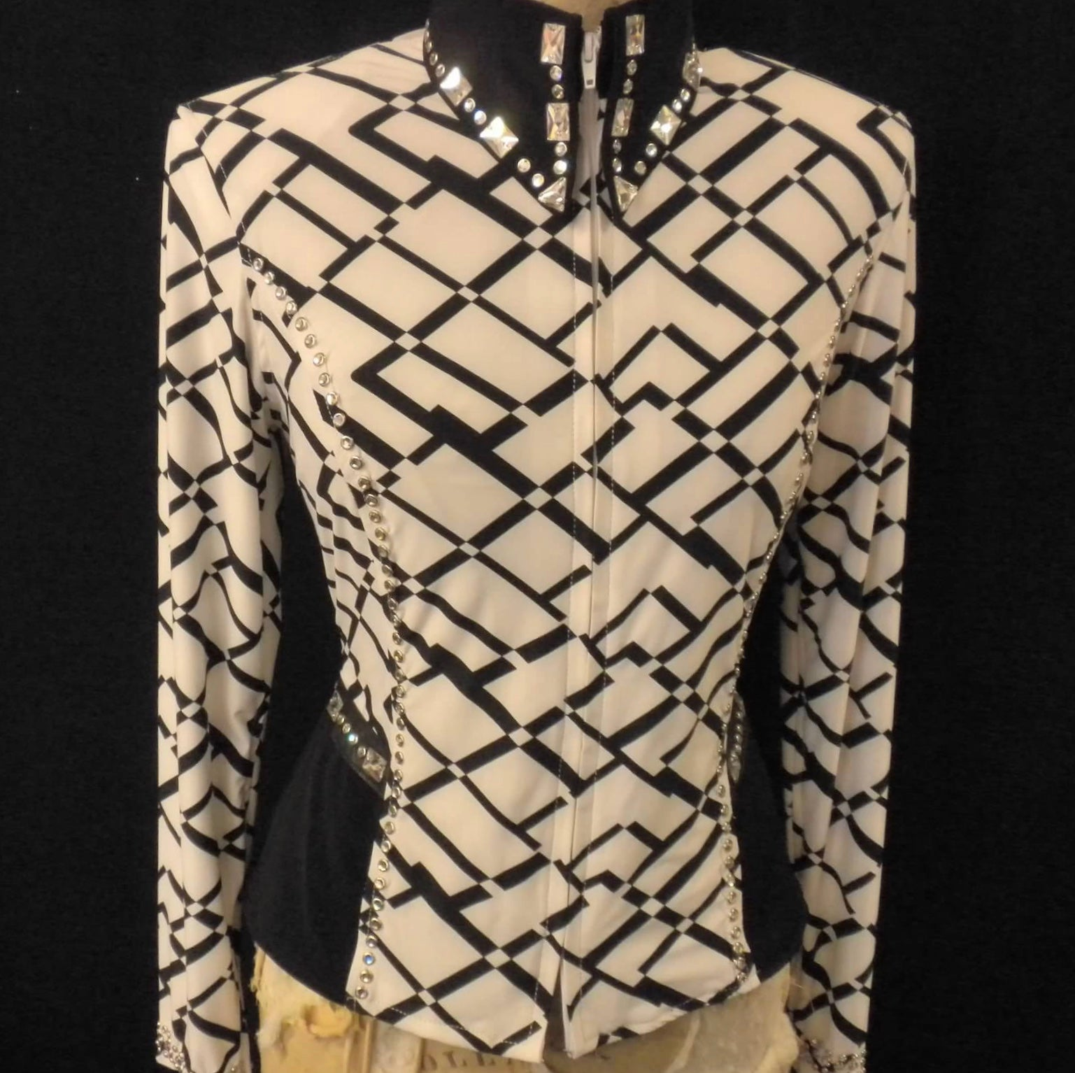 Lycra Fittted Shirt with Geometric Design