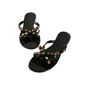 Hot Fashion Women Sandals Flat Jelly Shoes Bow V Flip Flops Stud Beach Shoes Summer Rivets Slippers Thong Sandals Nude