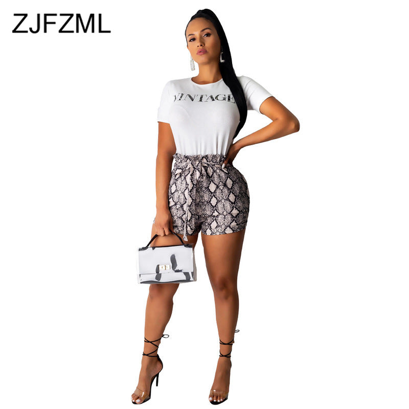 Sexy 2 Piece Short Sets for Women Letter Printed White Crop Top and Snake Print Skinny Hotpants with Belt Women Clothes Sets