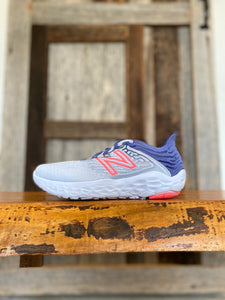 W New Balance Beacon 3