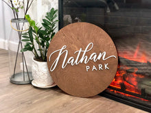 Load image into Gallery viewer, Personalized Circle Plank Name Sign