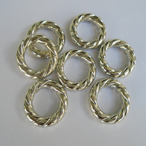50pcs Fashion Jewelry DIY Silver Plated Twisted Scarf Rings Pendant Accessory S04095