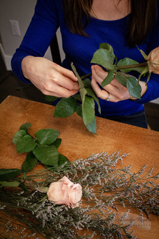 remove foliage from roses in bouquet