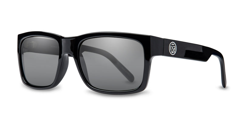 John Brown | BLACK  GLOSS/ GREY SMOKE LENS Polarized | Injected