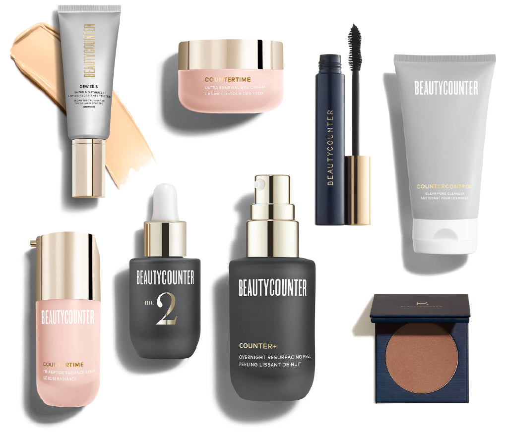 What Megan Lynch, a BeautyCounter consultant, fills her Truffle bag with