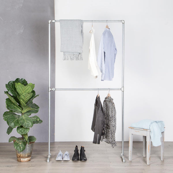 RAW58 Vincent clothing rack in silver
