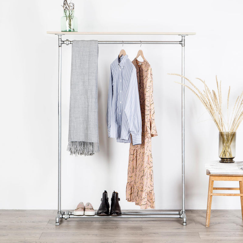 RAW58 Peter clothes rack in silver with a shelf