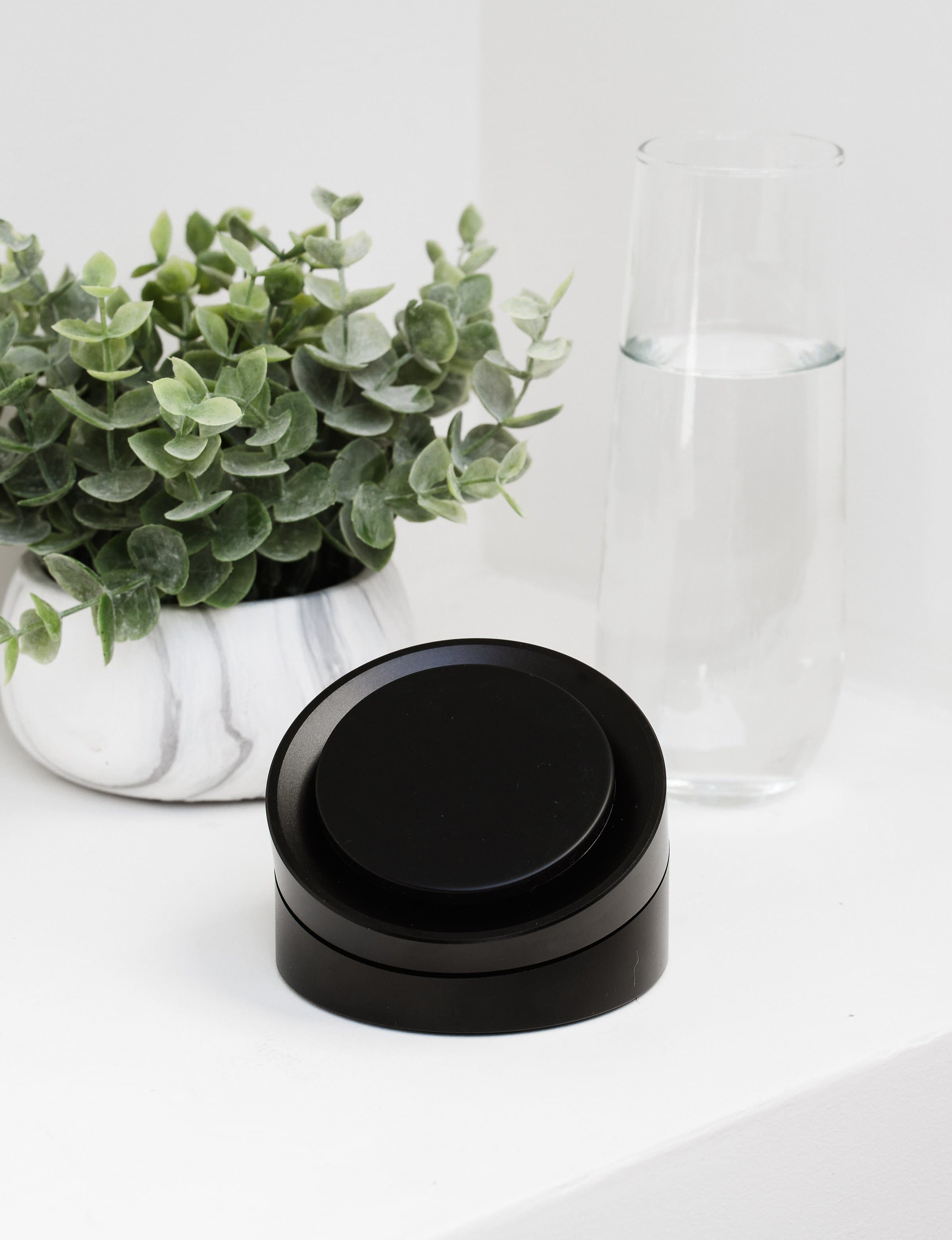 Sum DIAL Wireless Charger - District
