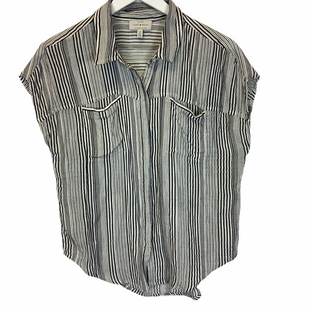 Primary Photo - BRAND: LUCKY BRAND STYLE: TOP SHORT SLEEVE COLOR: GREY SIZE: S SKU: 210-210142-617
